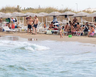 Salentissimo.it: Mosquito Beach Bar Casalabate, spiagge del Salento