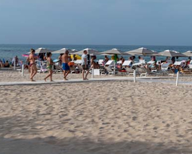 Casalabate: Mosquito Beach Bar Salento, Puglia, Italia